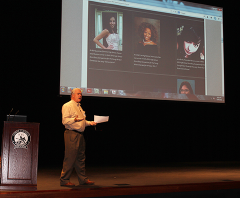 Steve Gierhart Briefs HLA's Young Writers Contest to James Clemens High Students
