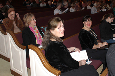 Bonny Pfitzer Gierhart, wife of Ardent Writer publisher Steve Gierhart, performs with the Huntsville Master Chorale