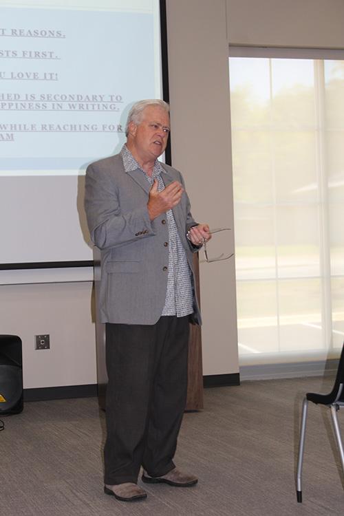 Steve-Gierhart-talks-Publishing-May-2015